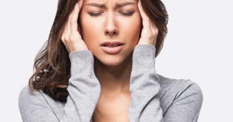 Kako se spopasti z migreno